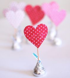 Craftaholics Anonymous's Hershey Kisses. Valentines day surprise.