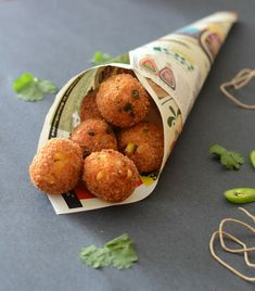 Corn and cheese balls are a yummy snack to pair with a hot cup of tea or coffee. Bond with friends and family with this yummy snack. Get the Corn and Cheese Balls Recipe here Finger Food Appetizers, Appetizer Recipes, Party Appetizers, Snacks Recipes, Party Desserts, Finger Foods, Recipies, Corn Recipes, Fast Recipes