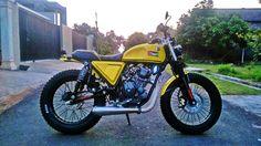 Yamaha SX225