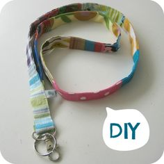 DIY-Kit: sew your own Patchwork Keychain (Dutch) Diy Accessories, Diy Kits, Fabric Scraps, Refashion, Hand Sewing, Diys, Good Things, Personalized Items, Dutch