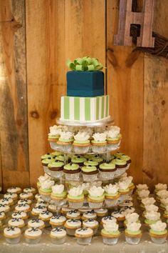 Wedding #Cupcake Tree I Sweet SaraBell