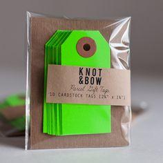 Labels neon groen KnotandBow