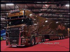 SCANIA R620 V8 Longline -Black Amber- S.T.H - Patrick Vandenbulcke - F (9)