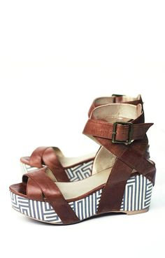 Loving these wedges for a perfect summer date! Odelle Platform Sandal - Women