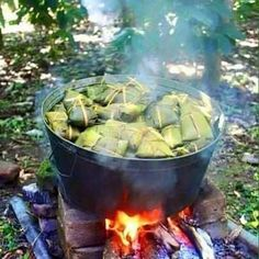 All jamaican and caribbean people tell me what is this ? by iamdjjunky Puerto Rican Dishes, Puerto Rican Cuisine, Puerto Rican Recipes, Puerto Rican Christmas, Puerto Rico Pictures, Puerto Rico Food, Fire Cooking, Cooking Stove, What's Cooking