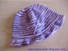 Cotton hats for little girls :)  Cappellino in 100% cotone per bambine.
