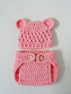 I think I may need to put my little cub in this! Too cute.