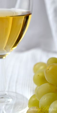 Old time recipe for making Homemade Grape Wine