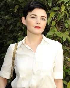 """Ginnifer Goodwin  The star (in Limited Express) was excited to mingle with the crowd while indulging in some retail therapy. """"I love coming and running into friends,"""" she said. """"I love catching up with people, but it's not too shabby that you can go shopping, and you're introduced to new up-and-coming companies!"""" Her personal favorite items? """"I have thus far freaked out over the pajamas,"""" Goodwin confessed."""
