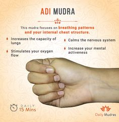 fitness This mudra focuses on breathng patterns and your internal chest structure. Acupressure Treatment, Acupressure Points, Acupuncture, Yoga Movement, Yoga Mantras, Yoga Posen, Improve Mental Health, Health And Fitness Articles, Der Arm