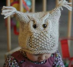 Ravelry: Chouette pattern by KatyTricot. Cutest owl on a square hat I've eve… Ravelry: Chouette pattern by KatyTricot. Cutest owl on a square hat I've ever seen. I wish someone could make this for my Eli! I have been looking for a cute hat for my boy! Knitted Owl, Knit Crochet, Crochet Hats, Free Crochet, Knitted Hats Kids, Crochet Baby Clothes, Baby Hat Knitting Pattern, Knit Patterns, Knitting For Kids