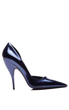 Shop Carolyn Pump by Narciso Rodriguez for Preorder on Moda Operandi