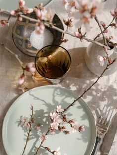 Autumn Fair is the unmissable Gift & Home show for the retail industry held at the NEC in Birmingham September. Autumn Fair, Natural Life, Decorative Plates, Journal, Spring, Tableware, Ethnic Recipes, Gifts, Eau De Toilette