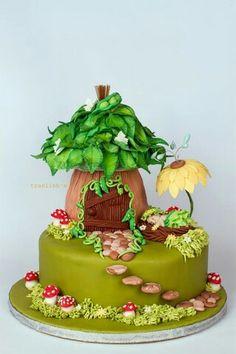 36 Super Ideas Cupcakes Anniversaire Pate A Sucre Fairy House Cake, Fairy Garden Cake, Garden Cakes, Fairy Cakes, Fondant Cupcakes, Cupcake Cakes, Woodland Fairy Cake, Cake Original, Fairy Birthday Cake