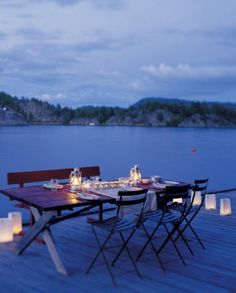 Outdoor dining on dock - photos by Studio Dreyer Hensley