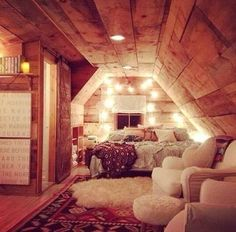Cool Bedrooms For Teen Girls/attic room Design Ideas, Pictures, Remodel and Decor Can you imagine if the babysitters club had a…