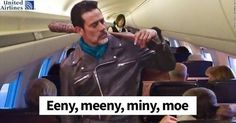 United Airlines meme...this is hilarious if you're a TWD fan