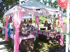 New Craft Booth Colors by Jimmypickles, via Flickr