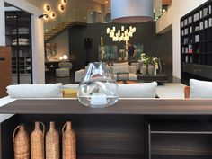 LEMA bets once again on Asia and, after the recent openings of Shenzhen and Taipei, has inaugurated a new space in Singapore, one of the most dynamic and cosmopolitan Asian cities, in partnership with the local dealer W.