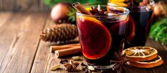The punch can also be served on your Christmas table with this simple and spicy recipe. Christmas Punch, Christmas Cookies, Marie Claire, Leftover Wine, Smoothies, Spiced Wine, Mulled Wine, Easy Cookie Recipes, Non Alcoholic