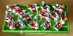 Handmade by Sofietje: Wie jarig is trakteert!!! #traktatie #jongen #voetbal
