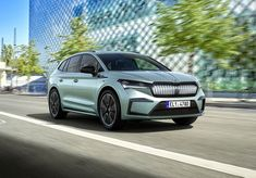 Audi Q4, Car Images, Car Photos, E Motor, Vw Group, Volkswagen Group, Cars Uk, Dashboards, Exterior Design