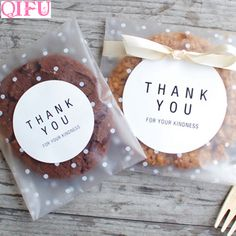 Translucent dots Plastic cookie packaging bags cupcake wrapper self adhesive bags Birthday Christmas Party Gift bags(China) Kids Wedding Favors, Wedding Gift Boxes, Wedding With Kids, Wedding Gifts, Trendy Wedding, Party Wedding, Wedding Supplies, Diy Wedding, Party Supplies