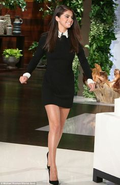 The Wednesday Adams look surprisingly does well for her. Selena Gomez looked absolutely perfect on The Ellen DeGeneres Show on Monday wearing Victoria by Victoria Beckham. Mode Selena Gomez, Style Selena Gomez, Selena Gomez White Dress, Selena Gomez Outfits Casual, Selena Gomez Shoes, Selena Gomez Fashion, Mode Outfits, Fashion Outfits, Looks Black