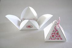 DIY pyramid boxes for party favours