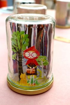 This would be cute with a photo of a kiddo Diy For Kids, Crafts For Kids, Art Projects, Projects To Try, Diy And Crafts, Arts And Crafts, 8th Grade Art, Crafty Craft, Red Riding Hood