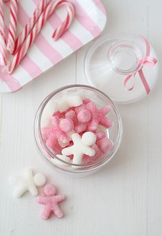 Pink gingerbread sugar cubes