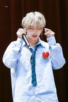 in which jungkook forced (not really) taehyung to take care of the ch… Daegu, Kim Taehyung, Namjoon, Taehyung Fanart, Foto Bts, Bts Boys, Bts Bangtan Boy, Bts Kim, V Bts Cute