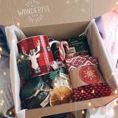 christmas gifts Gift set for making mulled wine .- Gift set for making mulled wine Gift set for making mulled wine .- Gift set for making mulled wine Diy Christmas Gifts For Friends, Christmas Gift Baskets, Holiday Gifts, Christmas Diy, Christmas Presents, Christmas Gift Ideas, Christmas Boxes, Ideias Diy, Homemade Gifts