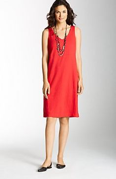 V-neck knit dress