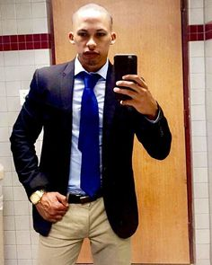 I do enjoy the dapper look  (Throwback pict)  #fitfam #fitness #printmodel #NY #NJ #philly  #CA #SDfitness #Miami #brazil #UK #motivation  #gymflow #physique #spain #Vibes #lift #Talent #suitandtie #fitspo #inspiration #Athlete #NYC #Lajolla #GQ #Gainz #fitspo #editorial #Models #Dale #Dapper #lajollalocals #sandiegoconnection #sdlocals - posted by DLOPEZFIT  https://www.instagram.com/bidolopez21fit. See more post on La Jolla at http://LaJollaLocals.com