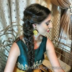 20 Best Side Swept Hairstyles For Indian Women You Can't Resist Side Swept Hairstyles, Permed Hairstyles, Indian Hairstyles, Hairstyles With Bangs, Braided Hairstyles, Trends, Layered Hair, Cornrows, Hair Highlights