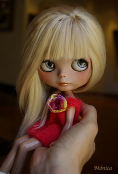 Suzy can't wait to hit the surf this afternoon! Morgan by ♥**Monica **♥, via Flickr
