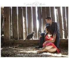 Country farm engagement session - Studio G.R. Martin - Outdoor engagement session - Summer engagement photos - Ottawa couple and engagement photographers - Ottawa wedding photographers - outdoor engagement inspiration - Country Style Engagement Photos - Farm Engagement Session