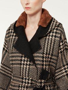 ALCOOL Max Mara, Best Shopping Sites, Duffle Coat, Beige, Fall Dresses, Madrid, Men Sweater, Clothes For Women, Womens Fashion