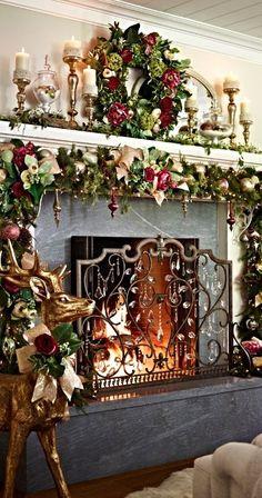 Glitter christmas mantel decoration idea #xmas #x-mas #christmas #mantel #homedecor #decoratingideas #festive #decorhomeideas