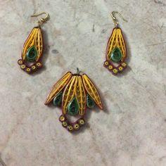 J 33 - Quilled earrings & pendant - 2in