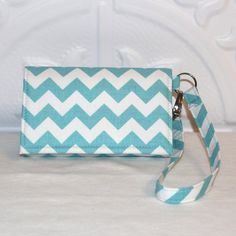 NEW STYLE TECH Cell Phone Case Wristlet Wallet for iPhone - Galaxy S4 Smart Phones / Aqua Chevron