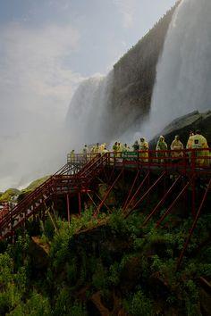 Hurricane deck, Cave of the Winds, Goat Island, Niagara Falls