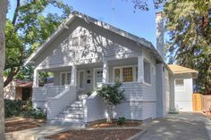 Craftsman Home in Oak Park, Sacramento sold for $342,000 Feb 2016