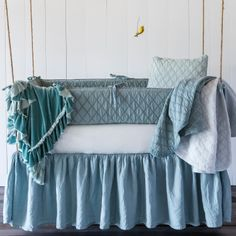 Bella Notte Crib Set 3-piece Chesapeake. #laylagrayce #bellanotte
