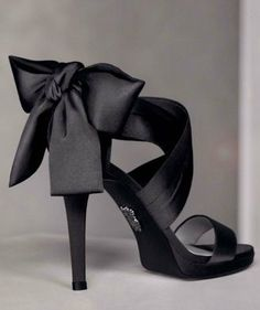 these are the shoes I bought as well but in ivory! I loveeeeee them :)