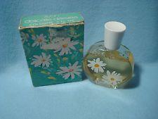 avon daisy perfume   vintage Avon Delicate Daisies Cologne 2 oz in box