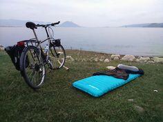 Sleeping Pad Naturehike at Waduk Jatiluhur https://flic.kr/p/MGNzCu | Ultralight Sleeping Pad Naturehike | NH15T052-P 183×50×9cm 570g 80% nylon+20%TPU copper nozzle