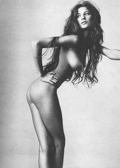 Gisele Bündchen by Irving Penn for Vogue US July 1999
