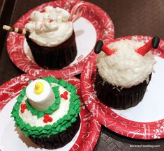 Mickey's Very Merry Christmas Party Santa Going Down The Chimney Rich Dark Chocolate Cupcake + Hot Chocolate Milk Chocolate Cupcake + Candle Vanilla Cupcake at Magic Kingdom, Disney World, Orlando, Florida #Disney #DisneyWorld #WDW #WaltDisneyWorld #ThemeParkFood #Cupcakes